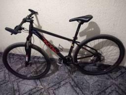 Bike 29 dvorak semi nova ( Shimano)