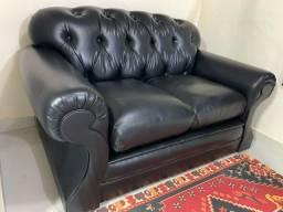 Sofá de couro dois lugares preto perfeito