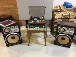 Baixou: Receiver, toca discos vintages