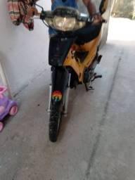 Motocicleta bravaxx