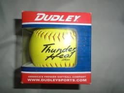 Bola De 12 Softball Dudley