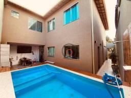 Casa com 5 quartos 240m² - bairro Santa Amélia - Belo Horizonte