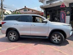 Toyota Hilux SW4 SR 4x2 2018