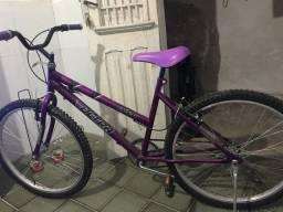 Vendo bike nova com pouco tempo de uso