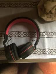 Vende-se fone de ouvido