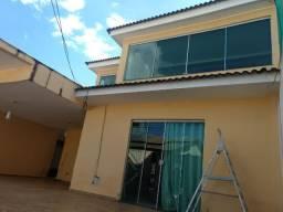 Casa 3 andares no setor oeste Estrutural | R$ 300 mil com salão de festas