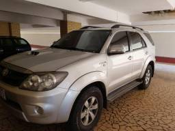 Hilux SW-4 Automática, Diesel, 5 lugares, Ano 2008 - 2008