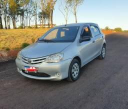 Toyota Etios 1.3x completo - 2013