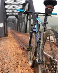 Bicicleta 29 Oggi Big Wheel 7.0 Preto/Azul 27v (2019)