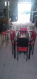 Banguetas baixas e altas e cadeiras