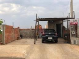 Casa com 2 dormitórios à venda, 77 m² por R$ 175.000,00 - Residencial Água Branca - Boituv