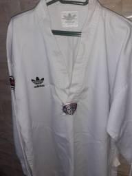 Vendo roupa de taekwondo da adidas