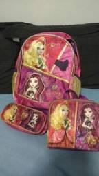 Kit mochila escolar Ever After High
