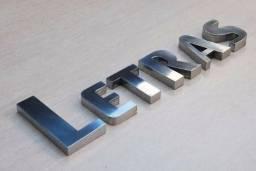 Serviços de router e corte laser impressão digital