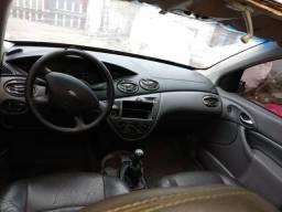 Focus Ghia completo - 2002
