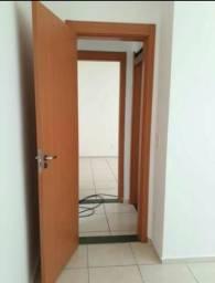 Condomínio otimo acesso confortável para dividir apenas com mulheres