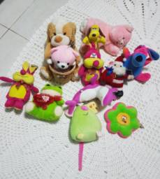 Bonecos de pelúcia
