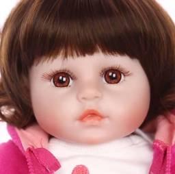 Boneca bebê Reborn Menina realista com roupinha de girafinha a pronta entrega 49 cm