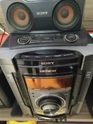 Rádio Sony em ótimo estado.