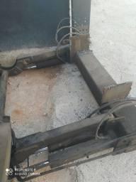 Plataforma hidráulica para baús