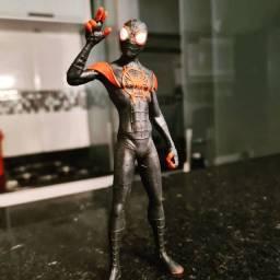 Action Figure- Homem Aranha Miles Morales