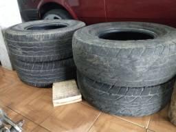 Vendo 4 pneus aro 15 31x10.5