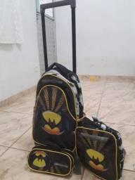 Título do anúncio: Vendo mochila de rodinha