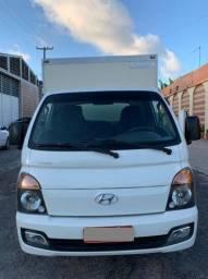 Hyundai HR com baú termico frigorifico