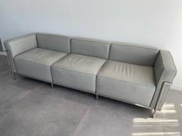 Sofá LC3 Le Corbusier 3 lugares em couro