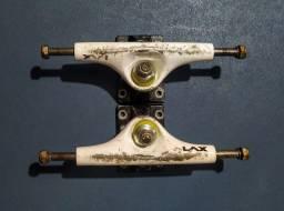Trucks de skate (139mm)