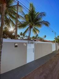 Título do anúncio: Excelente casa 4/4 sendo 1 suíte,piscina 50 metros da praia de Ipioca praia de