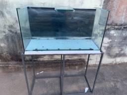 Título do anúncio: Vendo aquário com suporte