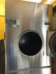 Vendo duas secadoras  industriais e uma calandra