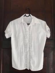 blusa branca clássica