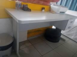 Título do anúncio: Mesa de escritorio