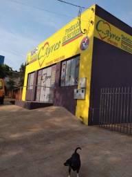 Vendo ou troco casa com sala comercial no centro de Mamborê