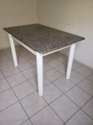 Mesa tampo de granito (para 4 cadeiras)