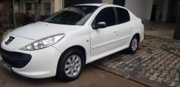 Peugeot passion 207 1.4 flex 2010