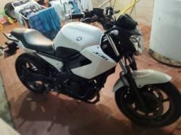 Xj6 2013/2013 bem conservada ac.moto menor+volta