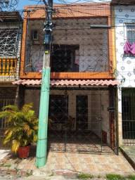 Ótima casa Bairro Marco 350 mil aceita financiar.