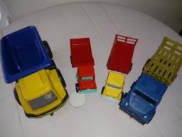 Brinquedos / carrinhos