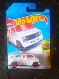 Hotwheels custom '77 Dodge van (t-hunt)