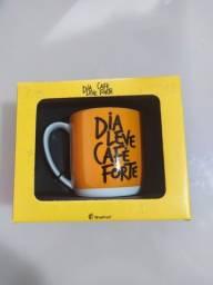 Caneca Dia Leve Café Forte