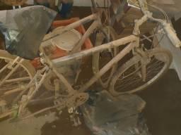 2 bicicletas para arrumar