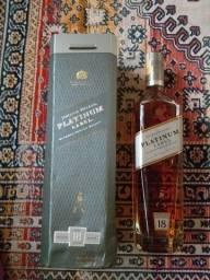 Título do anúncio: Whisky Platinum 18 anos+Box