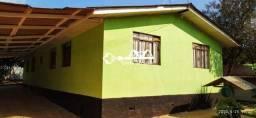 Casa a venda com 05 quartos em Uvaranas