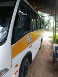 Micro ônibus troco por hr no baú carro tem contrato de mais 3 anos - 2005