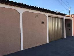 Casa com 3 dormitórios à venda, 70 m² por R$ 242.200 - Pacaembu - Uberlândia/MG
