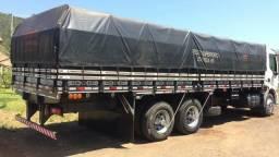 Carroceria graneleira Possamai 2011 para truck