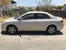 Toyota Corolla GLI 1.8 Flex Mecânico - 2012